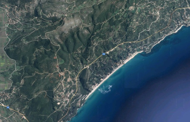 Vrahos beach