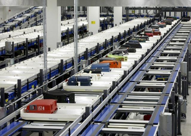 Luggage handling system
