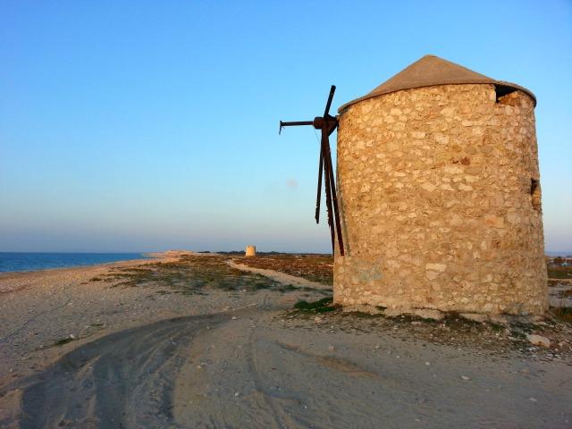 Agios Ioannis, windmills