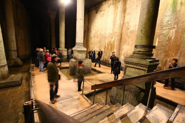 Vasiliki deksameni, konstantinoupoli